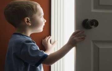 اضطراب در کودکان,اضطراب جدایی در کودکان