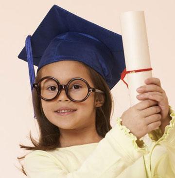 تقویت هوش کودکان در سنین مختلف,کودک باهوش,هوش