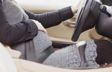 آیا می توان در دوران بارداری رانندگی کرد؟