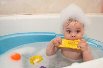 بهترین شامپوی کودک,ریزش موی کودکان