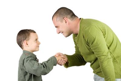 ۲۵ رفتاری که باید به کودکانتان آموزش دهید