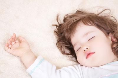 تنظیم خواب کودک,درمان بی خوابی کودک