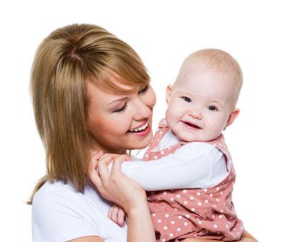 بهترین روش بغل کردن نوزاد