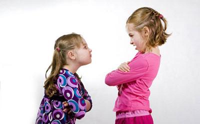 تغییرات رفتاری کودکان,علت حسادت کودکان