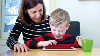 مضرات استفاده از اینترنت برای کودکان