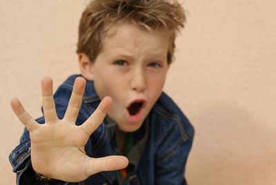 علت دعوا کردن کودک