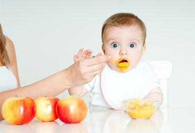 غذای کمکی نوزاد,شروع غذای کمکی نوزاد