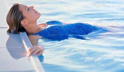 شنا براي زنان بادار