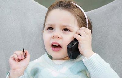 سن خرید موبایل برای کودک