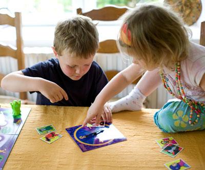 وسایل بازی کودکان,بازی کودکان دخترانه