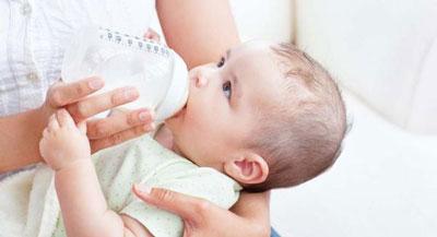 مزایای شیر خشک,فواید شیر خشک برای کودک