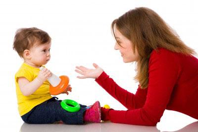 دلیل دیر حرف زدن کودک,حرف زدن کودک,آموزش حرف زدن کودک
