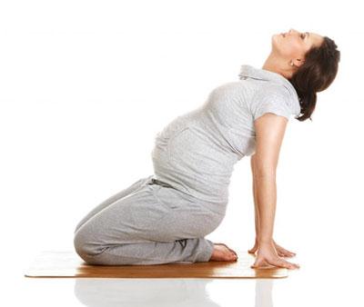 کلاس آموزش یوگا در دوران بارداری,یوگا,فواید یوگا