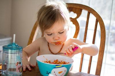 تغذیه کودک شش ماهه|تغذیه کودک 7 ماهه