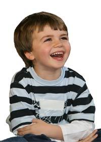 چگونه کودکانی شاد تربیت کنیم؟