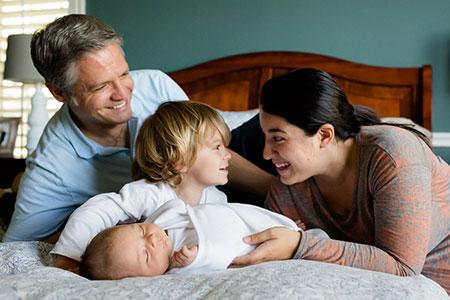 مشاهده روابط زناشويي توسط فرزندان