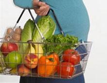 ۱۱ ماده غذایی مفید در دوران بارداری