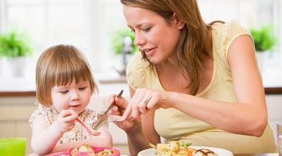 تغذیه کودک 11 ماهه,تغذیه کودک شش ماهه