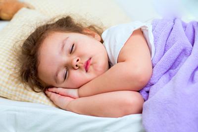ساعات خواب مناسب کودکان,خواب,خواب کودکان,کودکان چقدر باید بخوابند