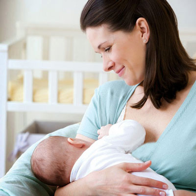 فوايد شير مادر براي نوزاد و مادر