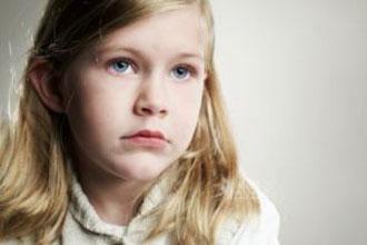 10 قدم برای رفع لکنت زبان کودکان