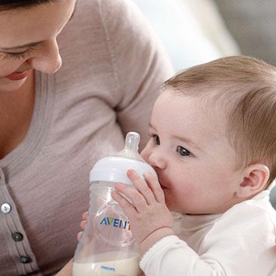 تغذیه با شیر خشک