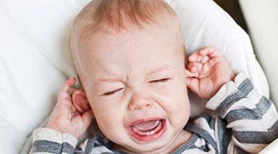 عفونت گوش نوزادان