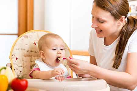 تغذیه کودک در سال  اول زندگی