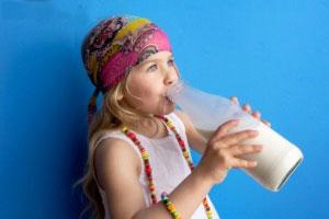 کودکان بصورت روزانه به چه مقدار کلسیم نیاز دارند