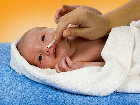 تميز کردن بيني نوزاد,روش هاي تميز کردن بيني نوزاد,راههاي تميز کردن بيني نوزاد