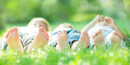 فواید نور خورشید برای کودکان,نور خورشید,فواید نور آفتاب برای کودکان