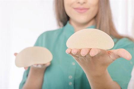 پروتز سینه و شیردهی,تاثیر پروتز سینه بر شیردهی,ارتباط پروتز سینه و شیردهی