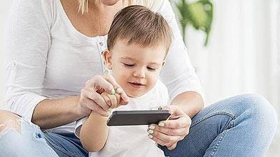 مضرات تلویزیون برای کودک,عوارض تلویزیون برای کودک,کودک