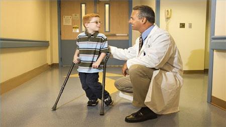 علائم ام اس در کودکان,درمان ام اس در کودکان,کودک و ام اس