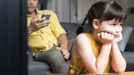درمان سندرم مسئله با پدر, بی توجهی پدر به دختر, بی محبتی پدر به دختر