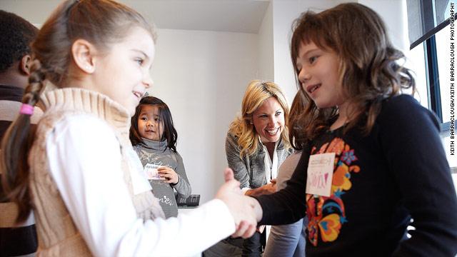 ياد دادن سلام به کودک,آموزش آداب معاشرت به کودکان,شعر سلام