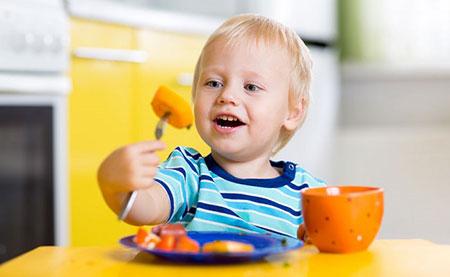غذاهای مناسب برای رشد کودکان