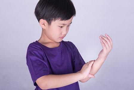 عفونت مفاصل در کودکان,عفونت استخوان در کودکان,عفونت مفصل های کودکان