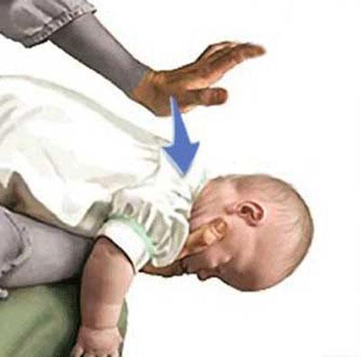 پریدن شیر به گلوی نوزاد,علت پریدن شیر به گلوی نوزاد,علل پریدن شیر به گلوی نوزاد
