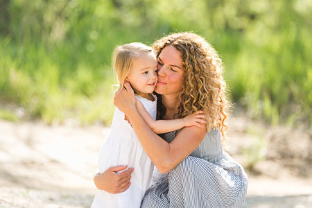 محبت بیش از حد به فرزندان,محبت به فرزندان