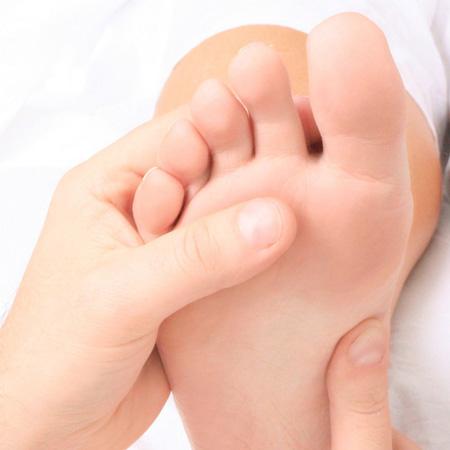 دلیل ورم پا در بارداری چیست؟