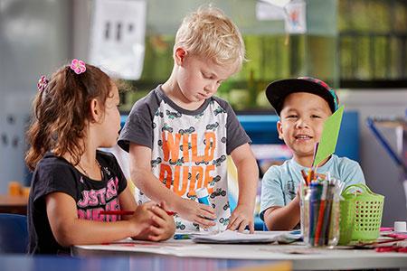 ویژگی های کــودکان دیــرآموز,بهترین روش کمک به کــودکان دیـــــرآمــــوز,یادگیری کودکان دیرآموز
