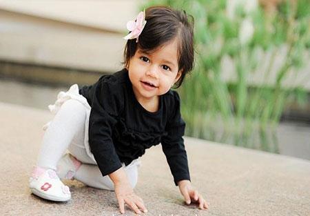 نوزاد 10 ماهه,مهارت های حرکتی کودک ده ماهه,توانایی حرکتی نوزاد ده ماهه