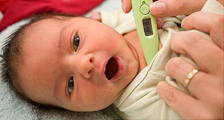 دمای طبیعی بدن نوزاد,دمای نرمال بدن نوزاد,درجه تب نوزاد