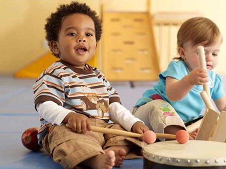 بازی های مخصوص کودکان یک سال,بازی هایی برای افزایش هوش کودکان