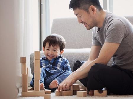 اهمیت تربیت فرزند پسر, نقش مادر در تربیت فرزند پسر, تربیت فرزند پسر از بدو تولد