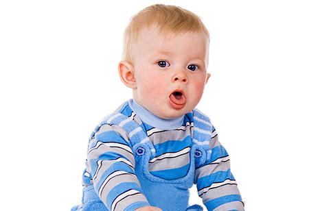سرفه نوزادان,دلایل سرفه نوزادان,علت سرفه نوزادان