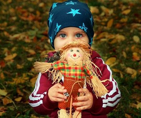 نقش عروسک در زندگی کودک, نحوه ی تربیت کودک با استفاده از عروسک, روانشناسی عروسک بازی