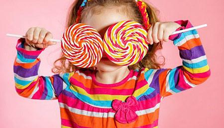 تغذیه کودک,جلوگیری از خوردن تنقلات شیرین توسط کودک,توصیههایی برای جلوگیری از خوردن تنقلات شیرین