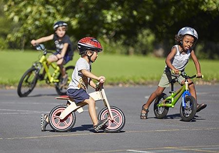 آموزش صحیح دوچرخه سواری به کودکان,آموزش دوچرخه سواری بدون کمکی به کودکان,دوچرخه مناسب